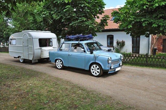 Spiegel fürs Auto und Wohnwagen